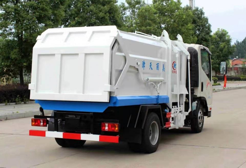 凯马压缩式对接垃圾车配置