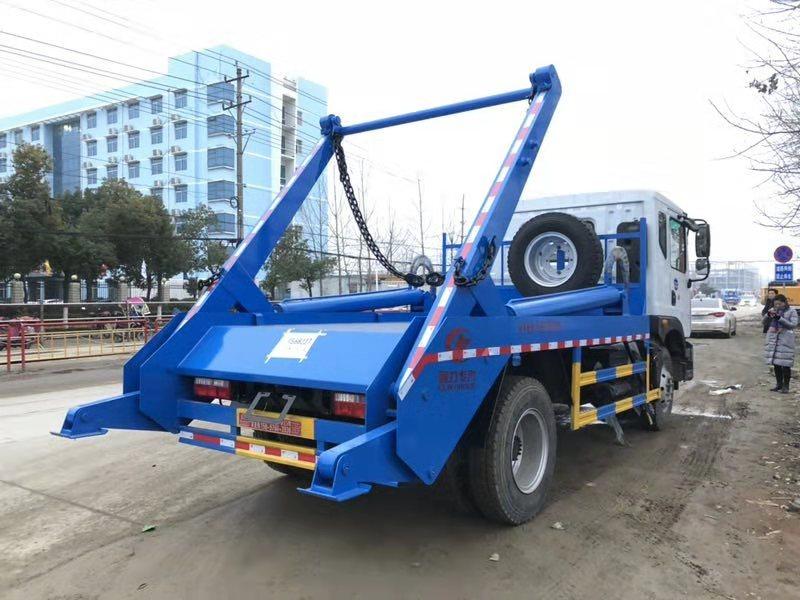 东风专底摆臂垃圾车厂家