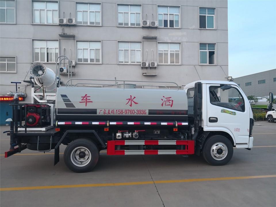 多利卡5吨洒水车价格