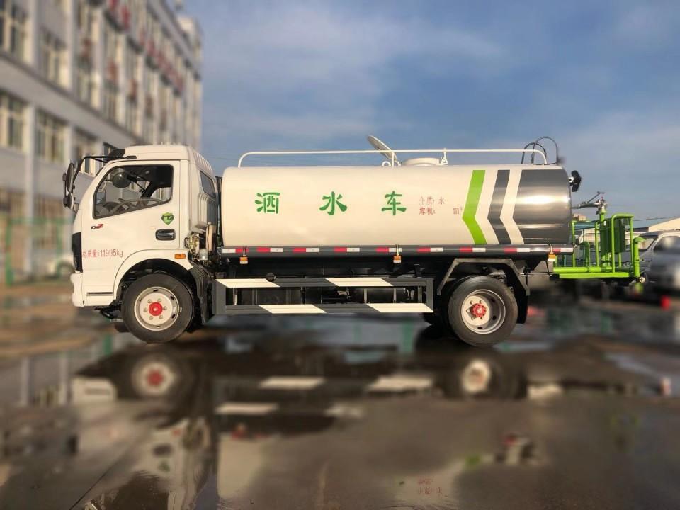 东风8吨洒水车厂家